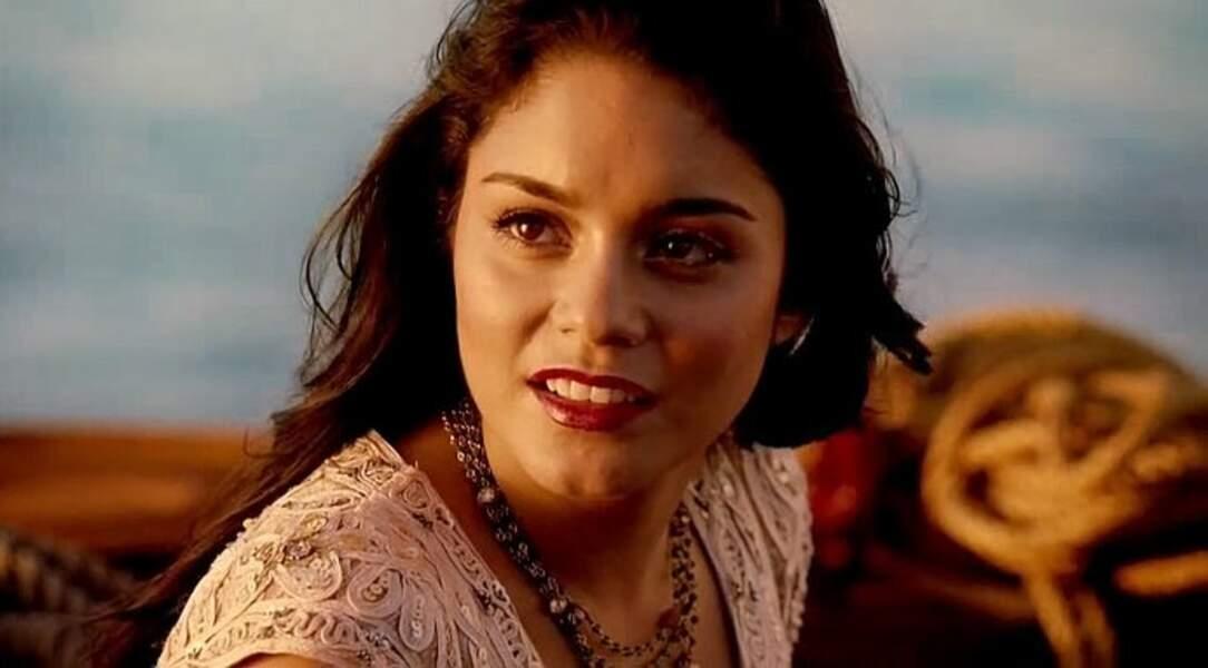 Elle incarne la mexicaine Cereza dans Machette Kills (2013), la suite déjantée de Machete.