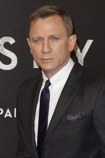 Daniel Craig, toujours aussi classe à l'avant-première de Skyfall