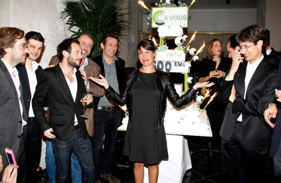 Alessandra et toute son équipe fêtent la 500e de C à vous (2012)