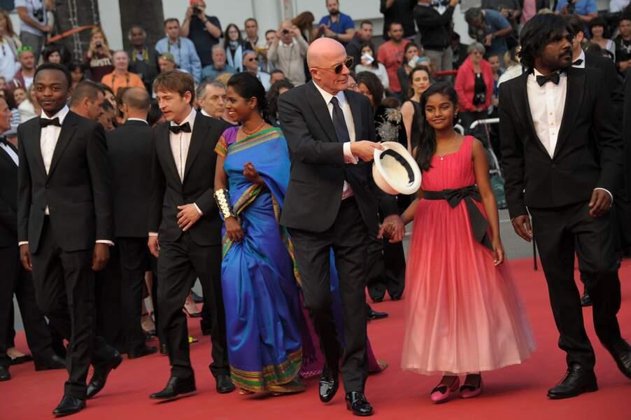 """L'équipe du film """"Dheepan"""" lors de la montée des marches au Festival de Cannes"""