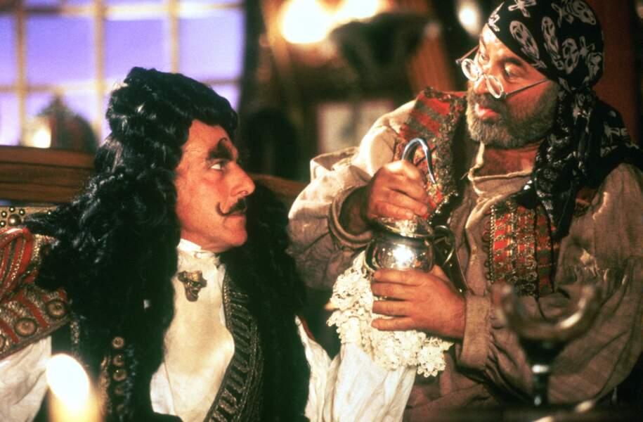 Dans ce film signé Steven Spielberg, le capitaine crochet affronte Robin Williams aux côtés du drôlatique Mouche