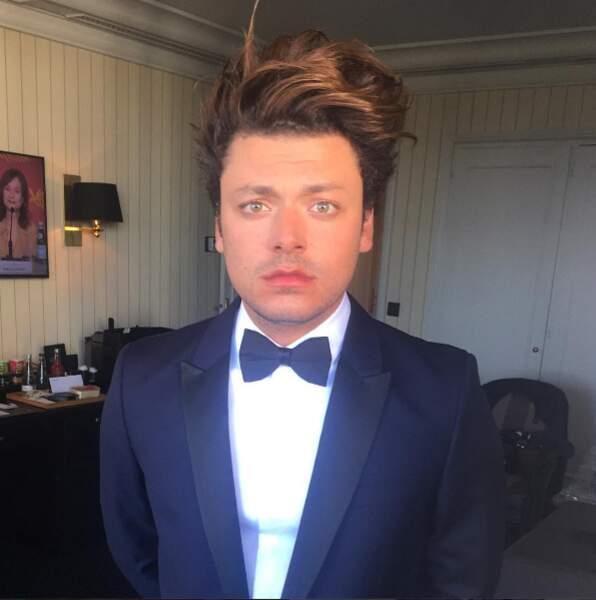 Beau gosse en smoking ! Impression ou ému avant la montée des marches à Cannes ?