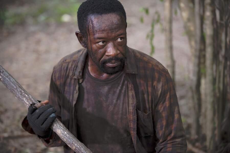 Lennie James, qui incarne Morgan dans la série, ne fait pas que manier le bâton de bois