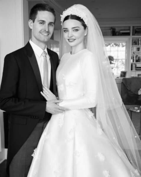Et on envoie toutes nos félicitations aux jeunes mariés Miranda Kerr et Evan Spiegel !
