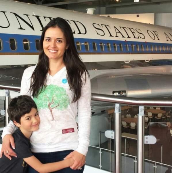 Voici Danica McKellar avec son fils