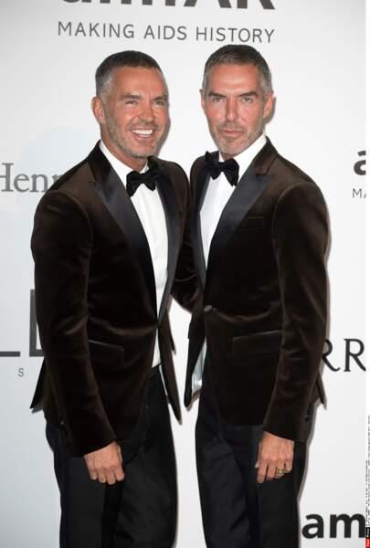 Dean et Dan Caten, célèbre couple de… jumeaux ! Ce sont des designers de mode ultra branchés !