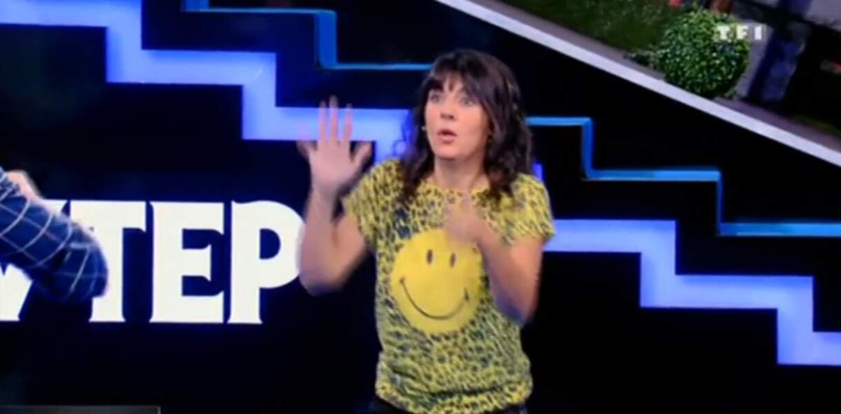 Et on adore le t-shirt smiley d'Estelle Denis