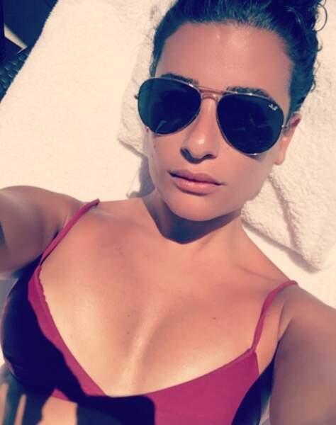 Lea Michele s'offre du bon temps au soleil