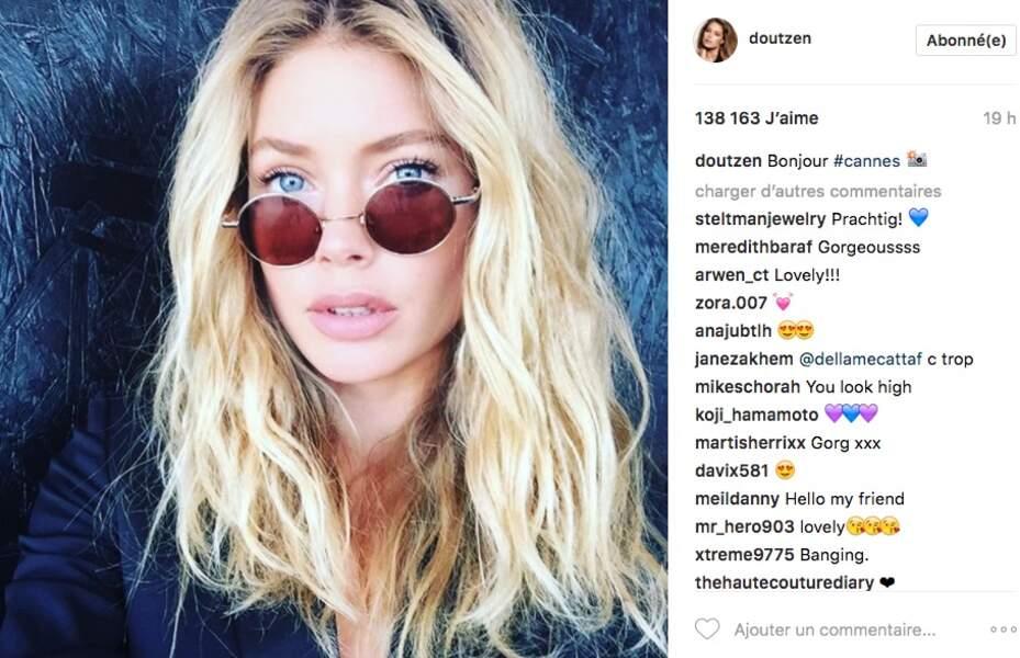 Le mannequin Doutzen Kroes s'admire et en fait profiter ses fans