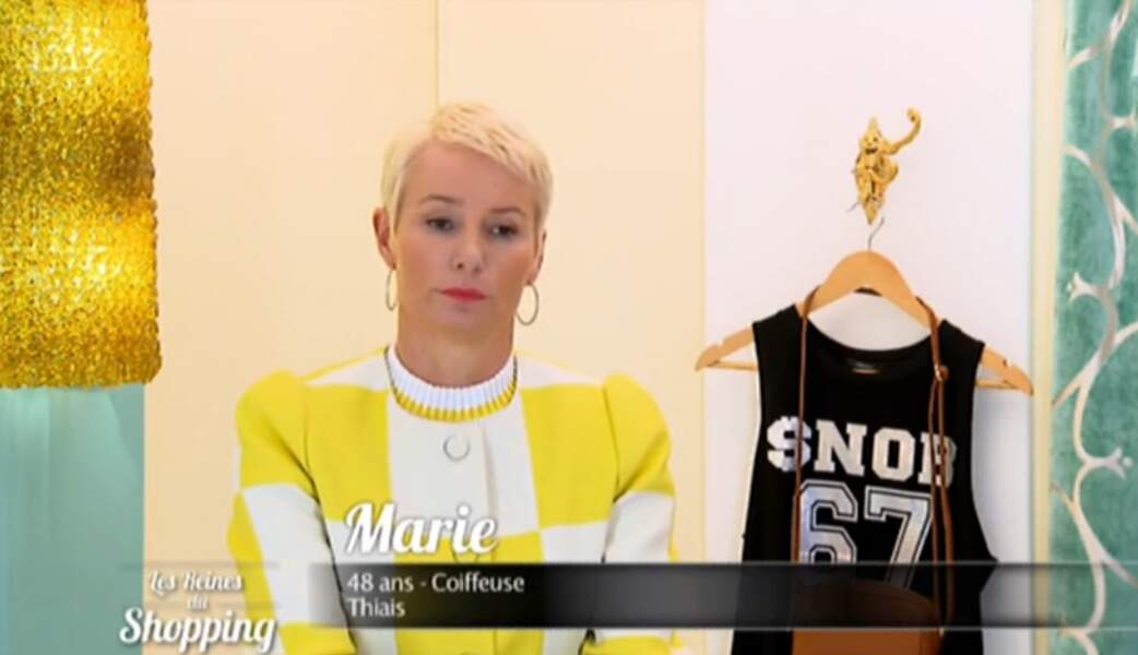 Attention les yeux : voici le look yellow & white du jour