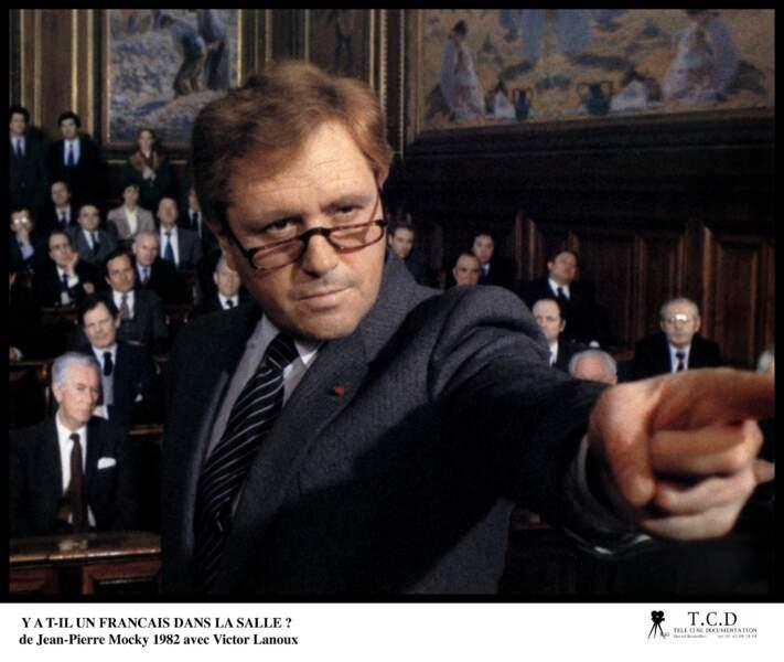 Victor Lanoux au tribunal dans Y'a-t-il un Français dans la salle, de Jean-Pierre Mocky (1982)