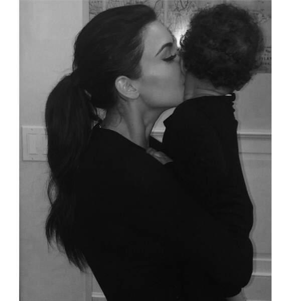 Trop mignon aussi la photo de Kim Kardashian et sa fille North