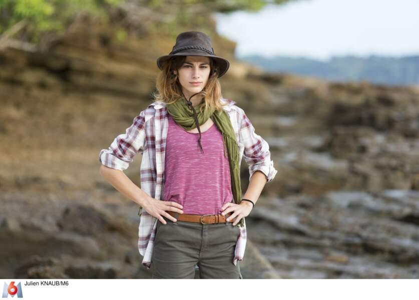 Charlène, journaliste, est la plus jeune de l'aventure : elle n'a que 22 ans !