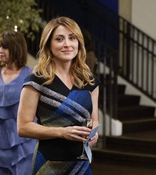 Après avoir joué dans Mission impossible 3, elle a incarné Maura Isles dans Rizzoli & Isles pendant 7 saisons
