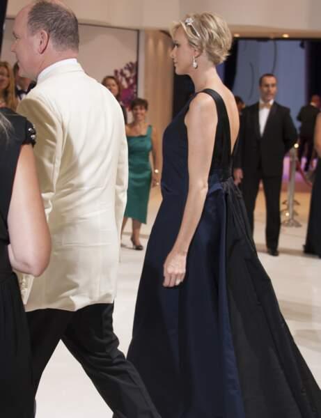 La robe de dos de Charlène de Monaco.