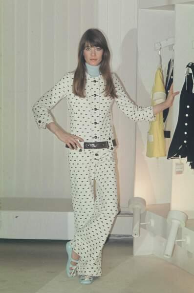 1973 : magnifique modèle pour Courrège.