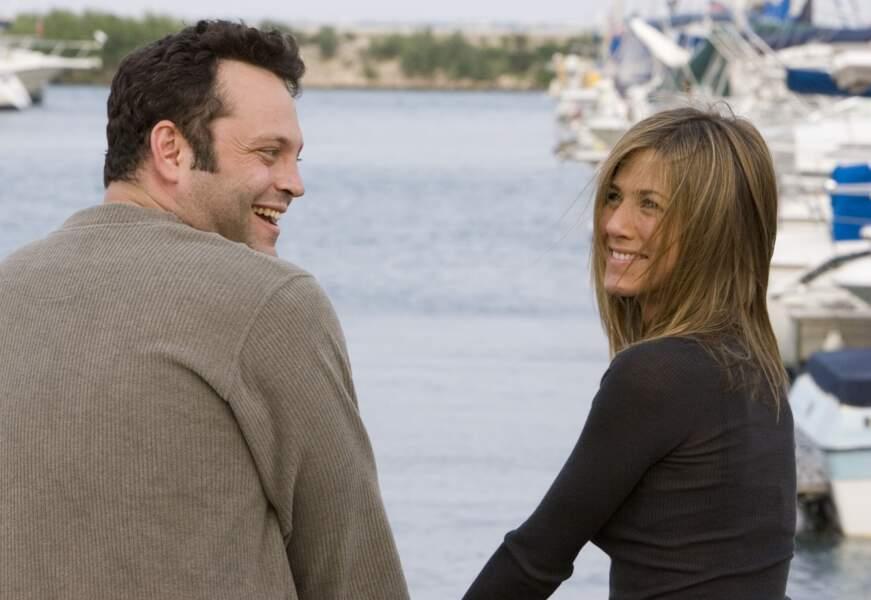 Sur le tournage de La rupture, elle rencontre Vince Vaughn. Leur idylle durera un peu plus d'un an.