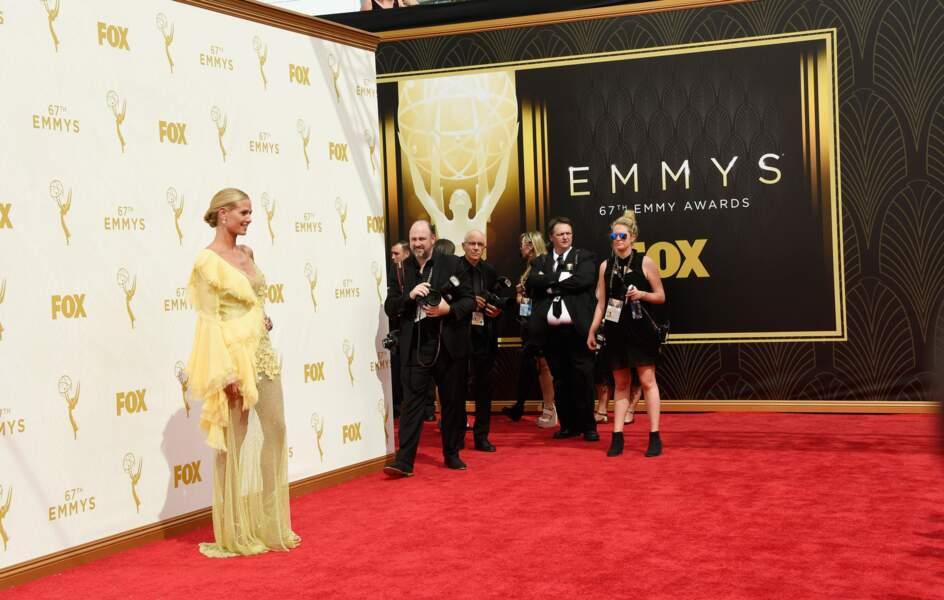 Heidi Klum, toute en jeu de jambes