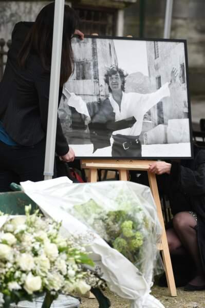 Une très belle photo de Jacques Higelin au Père Lachaise