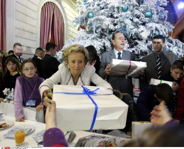 Elle se fait mère Noël pour les enfants de la République chaque mois de décembre passé à l'Élysée