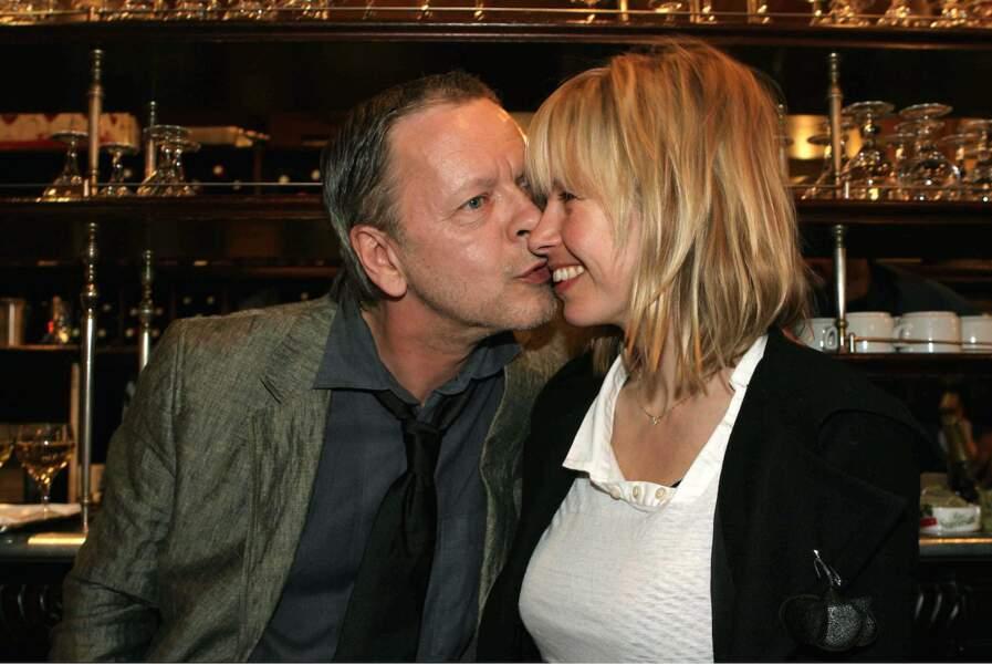 Renaud replonge, le divorce est prononcé en 2011