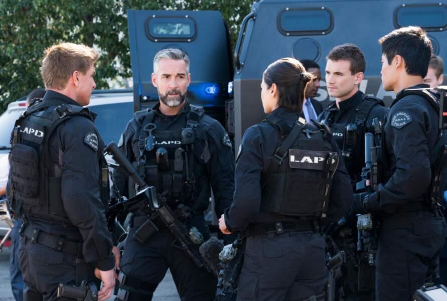 """Jay Harrington incarne le sergent David """"Deacon"""" Kay, il est un peu le """"sage"""" de la bande"""