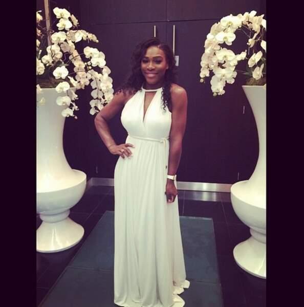 ... Du coup elle a pu prêter sa robe à Serena #truestory