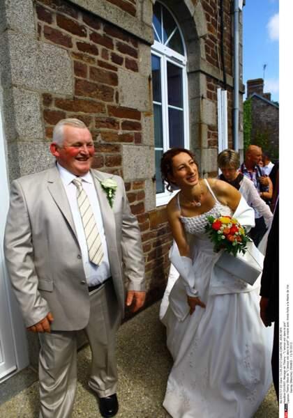 L'emblématique Thierry Olive, l'éleveur de vaches normand de la saison 7, a épousé Annie en 2012