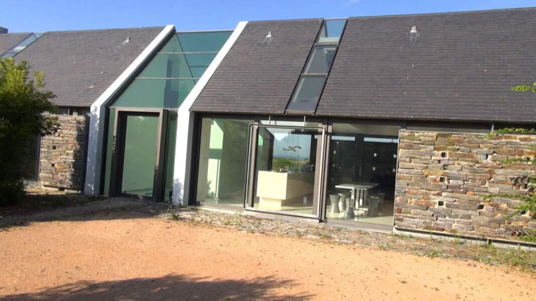 La Maison « Longère contemporaine », une architecture rurale pour une habitation étroite, toute en longueur