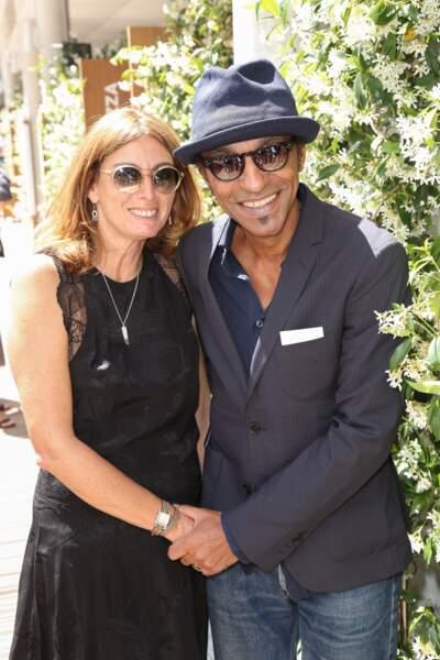 Manu Katché et son épouse Laurence affichent leur plus beau sourire