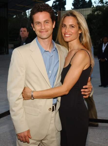 Il s'est marié en 1991 avec sa partenaire de la série Chelsea Noble avec qui il a six enfants