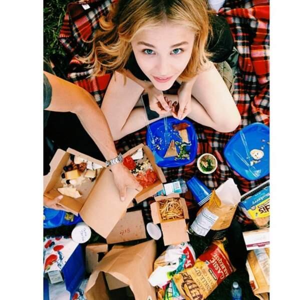 Actrice oui, mais pas question de se priver de junk food