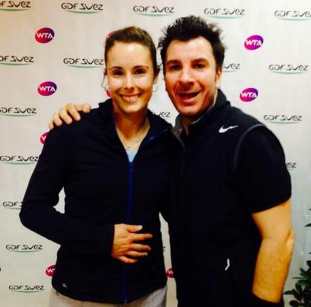 ....Michaël Youn avec la championne Alizée Cornet...