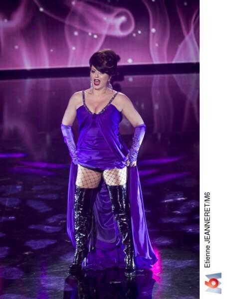 Gabriella, la chanteuse lyrique orgasmique, est aussi de retour !