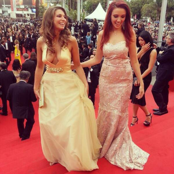 Et ça se marre entre ex-Miss France ! Qui est donc la plus belle : Laury Thilleman ou Delphine Wespiser ?