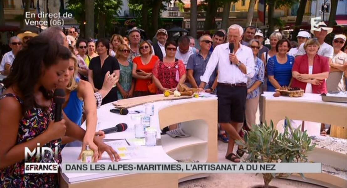 """Dans la catégorie """"ambiance vacances"""" : Laurent Boyer tranquilou, en short et tongs"""