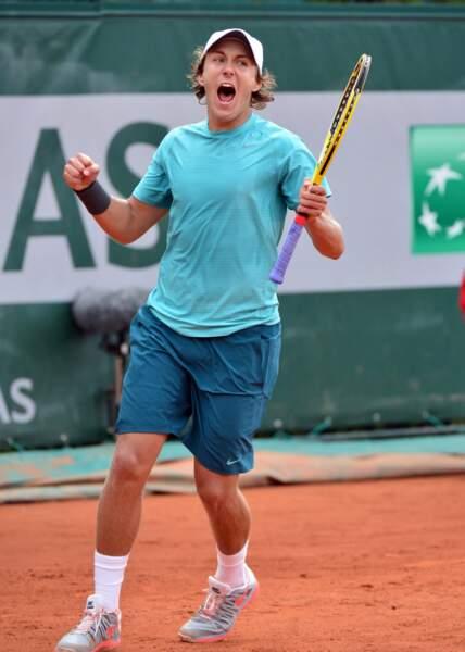 Le jeune Lucas Pouille a éliminé l'Américain Alex Kuznetsov en trois sets : 6-1, 7-6, 6-2...