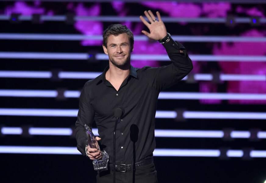 Chris Hemsworth (Thor dans Avengers) n'est pas reparti bredouille