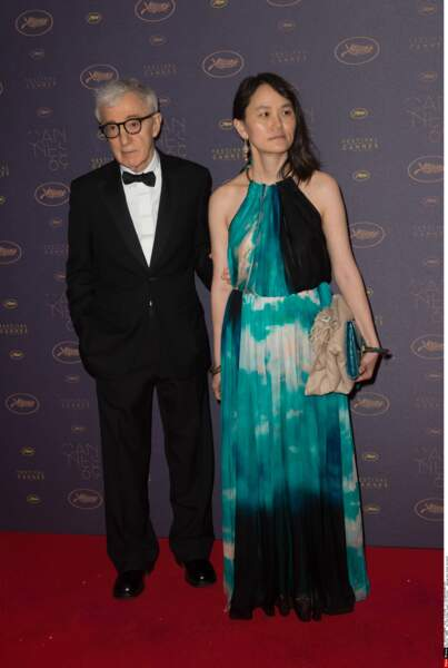 Heu non, là ça rigole plus… Woody faisait pourtant l'ouverture du festival avec son film ! Le trac peut-être ?
