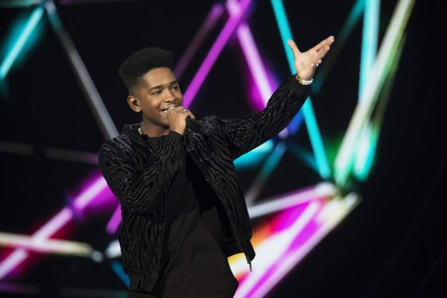 """Lisandro Cuxi espère représenter la France avec """"Eva"""""""