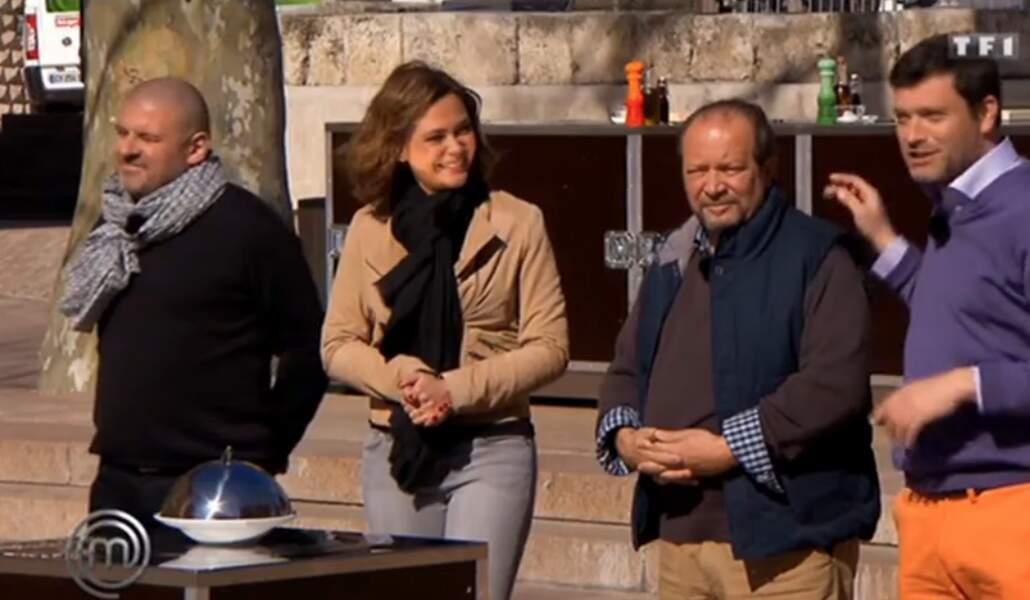 Son collègue Yannick Delpech, avec son pantalon orange et son pull violet, a fait fort, lui aussi