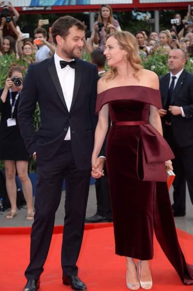 Regards enamourés pour Diane Kruger et son mari Joshua Jackson à la première de Strictly Criminal