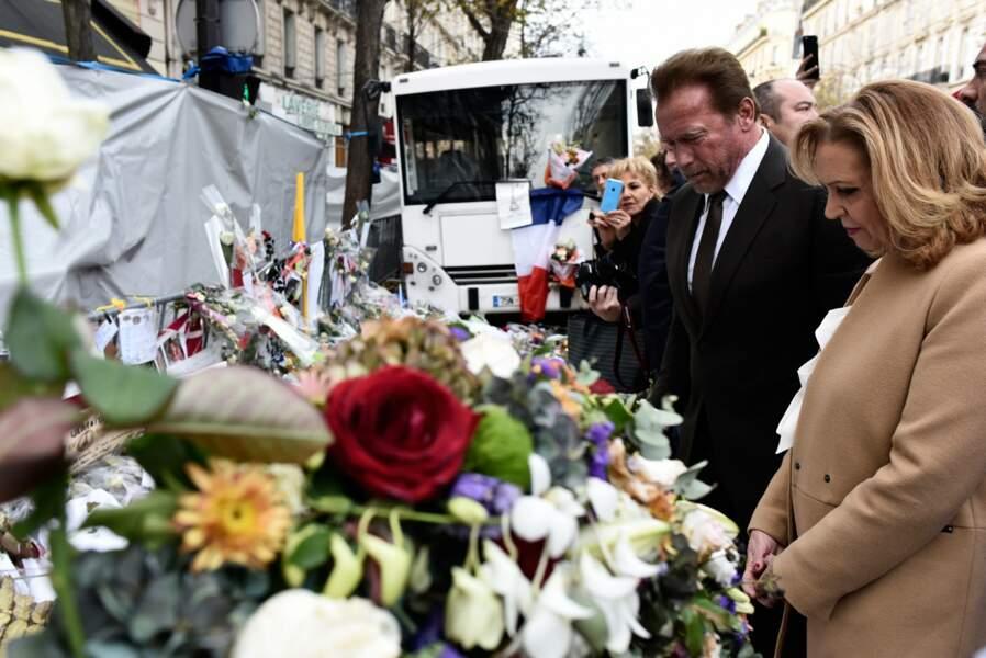 Il s'est ensuite rendu sur les lieux des attentats, dans le 10e arrondissement, pour rendre un hommage aux victimes