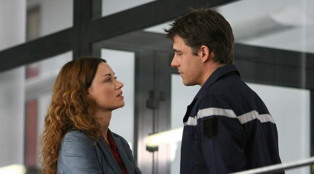 Aux côtés de Marine Delterme en pompier dans la série Alice Nevers, le juge est une femme (2005).