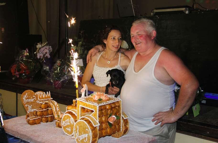 Chassez le naturel, et il revient au galop ! Même le jour de son mariage, Thierry sort le marcel.