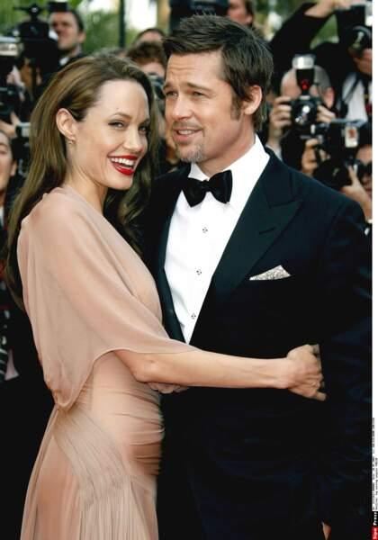 En 2006, Angelina Jolie dévoile être enceinte de Brad Pitt