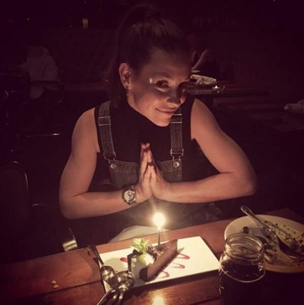 On commence par souhaiter un très bon anniversaire à Evangeline Lilly, 38 ans depuis deux jours !