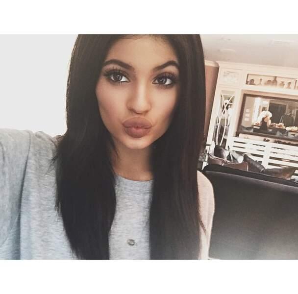 Alors qu'un selfie toute seule, c'est toujours plus facile. N'est-ce pas Kylie Jenner ?