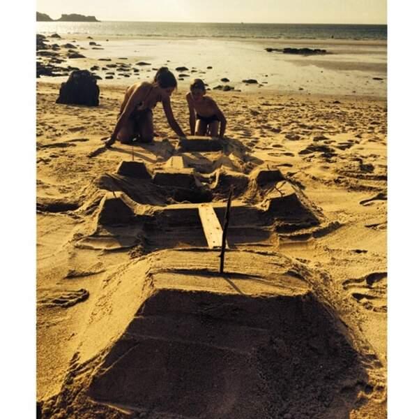 Et un château de sable, un !
