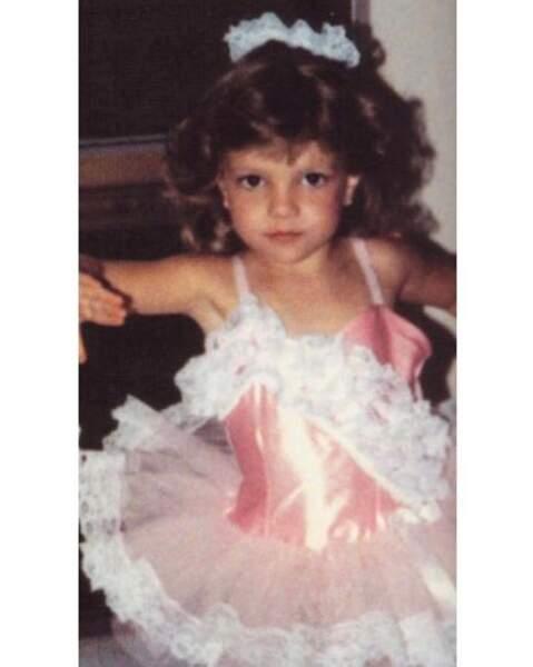 Qui est cette timide ballerine ? C'est Britney Spears.
